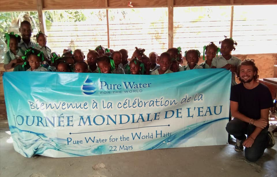 Journée mondiale de l'eau - Pure Water for the World avec anKouraje